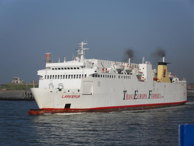 Activité maritime à Ostende Sdc10218