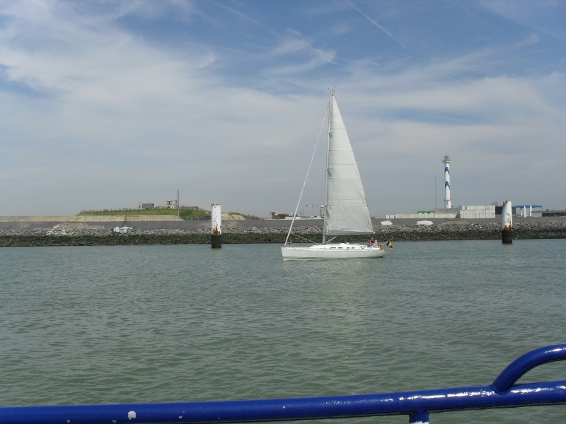 Activité maritime à Ostende Sdc10223