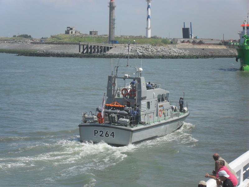Archer-class patrol vessels Sdc10311
