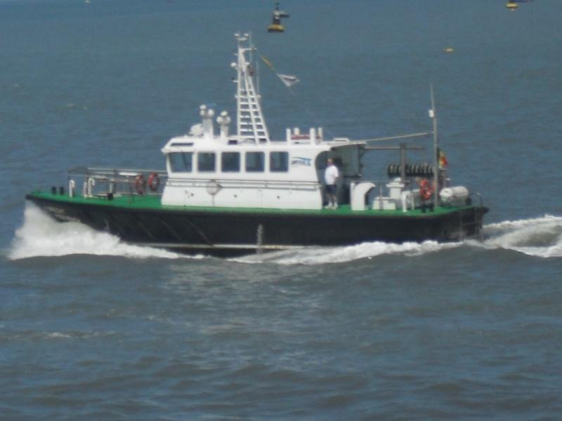 Activité maritime à Ostende Sdc10312