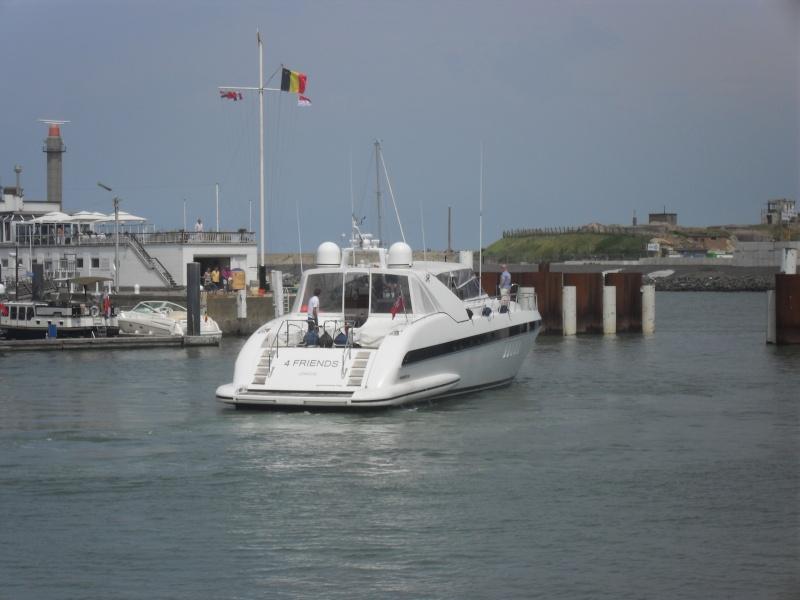 Activité maritime à Ostende Sdc10313