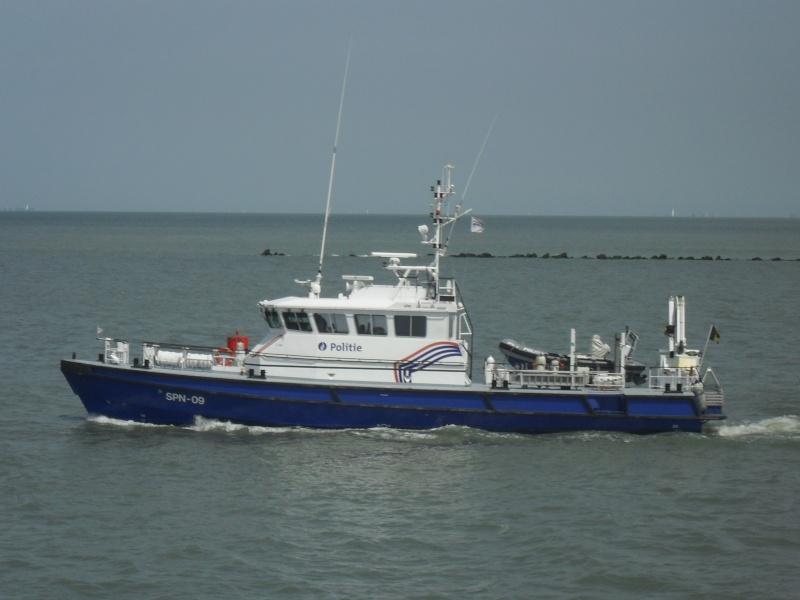 Activité maritime à Ostende Sdc10314