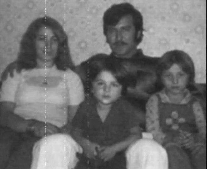 Childhood of Tarkan - Page 2 Pictur44