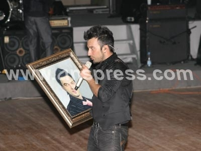 On The Stage Tarkan22