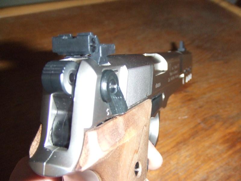 240 diana 4x32, beretta 92fs laser, p88 compétition, pistolet arbalette 80lbs - Page 2 Dscf4113