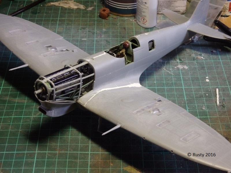 SPITFIRE Mk.Vb TROP [1/32 HOBBY BOSS] P3212610
