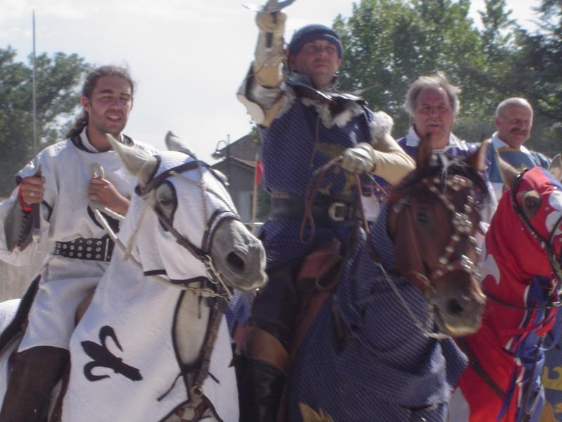 Fête médiévale du château de Montrond les Bains (42) - Page 3 Dsc03122