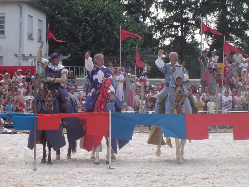 Fête médiévale du château de Montrond les Bains (42) - Page 3 Dsc03127