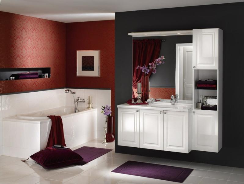 La salle de bains familiale pas grande id es couleur pour mur rampant - Salle de bain idee couleur ...