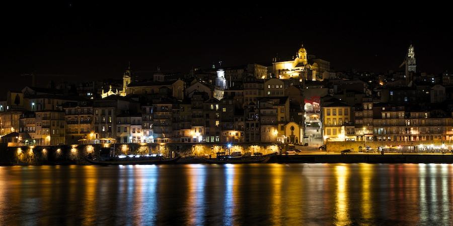 Quelques vues de nuit, de Porto : 2015-112