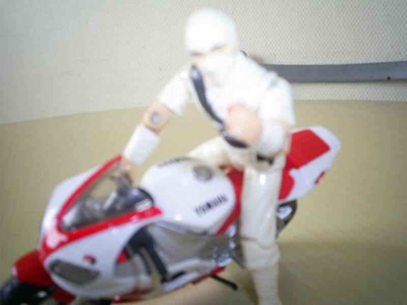 Moto pour Gi Dio ! S5021434