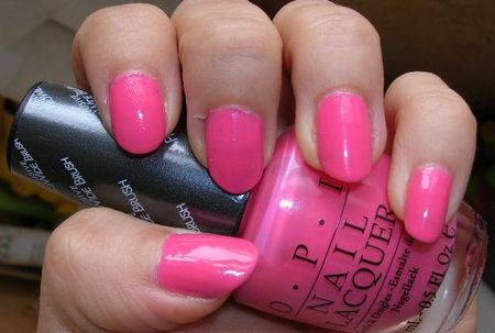 Les vernis a ongles couleurs flashy 29405410