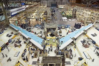 Boeing 747-8F et I - Page 5 747das10
