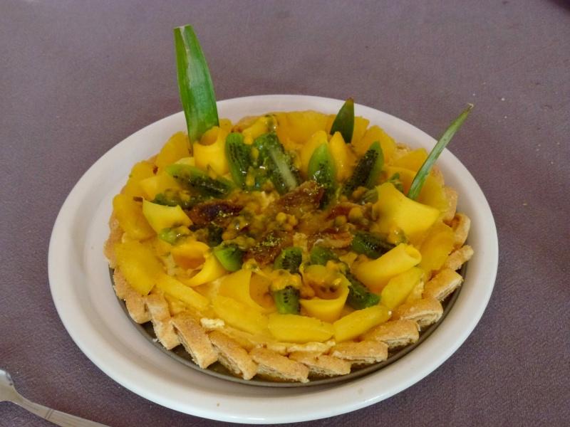 Gâteau aux fruits exotiques P1140311