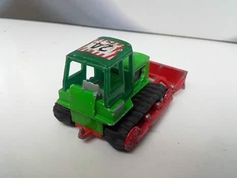 N°255 Bulldozer Hanomag Fb_img12