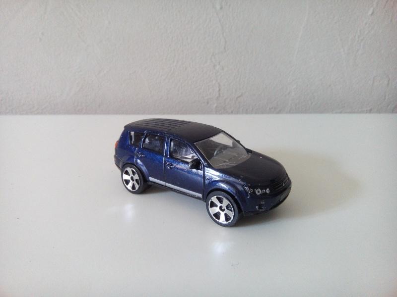 N°292G Mitsubishi Outlander Img_2054