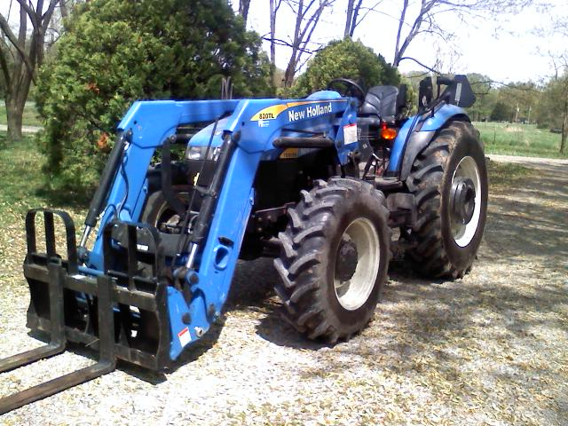 1st new tractor i drove Newhol10