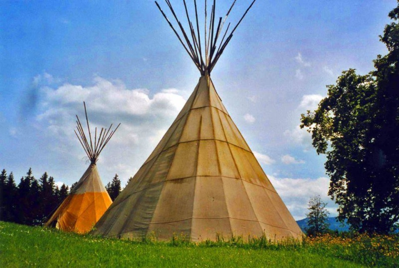 Ici tout sur les Amérindiens bijoux ,histoires ,liens ect...... - Page 5 10606410