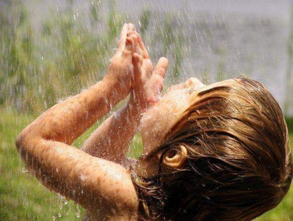 ﻷغتسال بالمطر شفاء من السحر والمس Img_2298