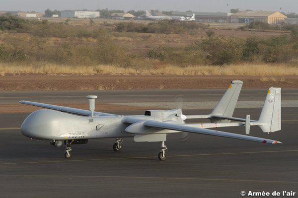 L'armée en alerte après l'apparition d'un drone non-identifié dans l'espace aérien français Cccjwp10