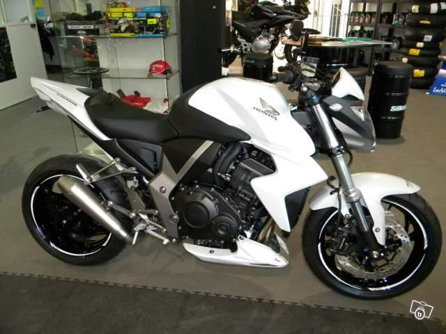 Le CB1000R en 1er moto !!! 18840910