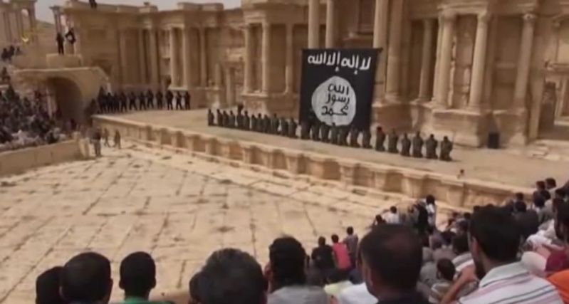 Mai 2015 chute de Palmyre Palmyr11