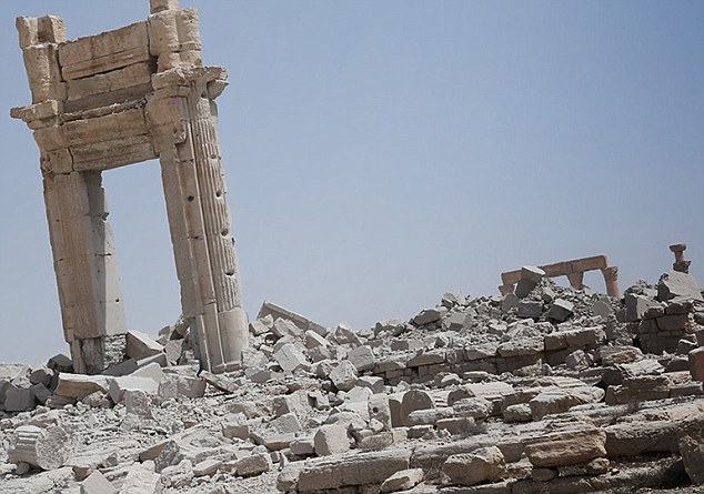Mai 2015 chute de Palmyre Palmyr18