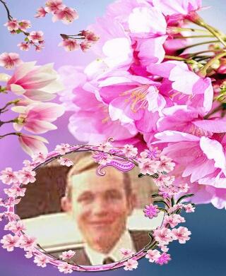Montage de ma famille - Page 3 14578642