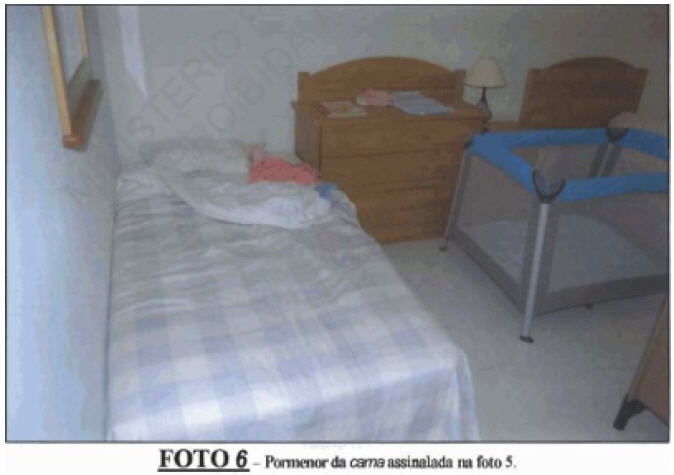 """Darren Ware's screenshot and quotes about Madeleine's (alleged) bed taken from Richard D. Hall's first documentary (""""The True Story of Madeleine McCann - Buried By Mainstream Media) Bed210"""