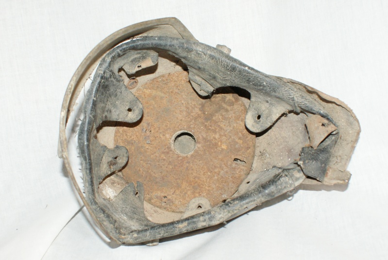 Restauration de casque à pointe modèle 1915 00813