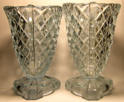 Pair of Victorian spills requiring ID please. Glass_10