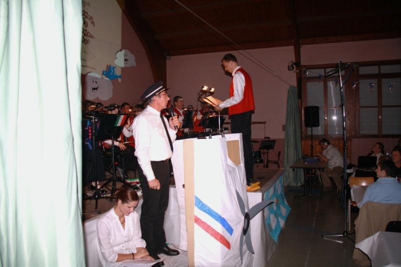 Tour du monde avec la musique Harmonie de Wangen ,21 novembre 2009 Img_6211
