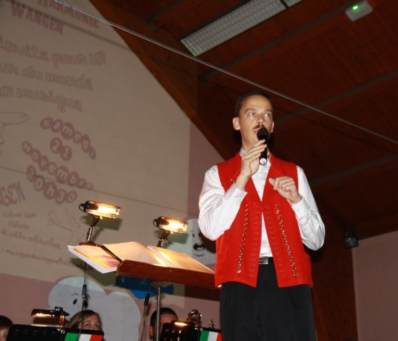 Tour du monde avec la musique Harmonie de Wangen ,21 novembre 2009 Img_6310