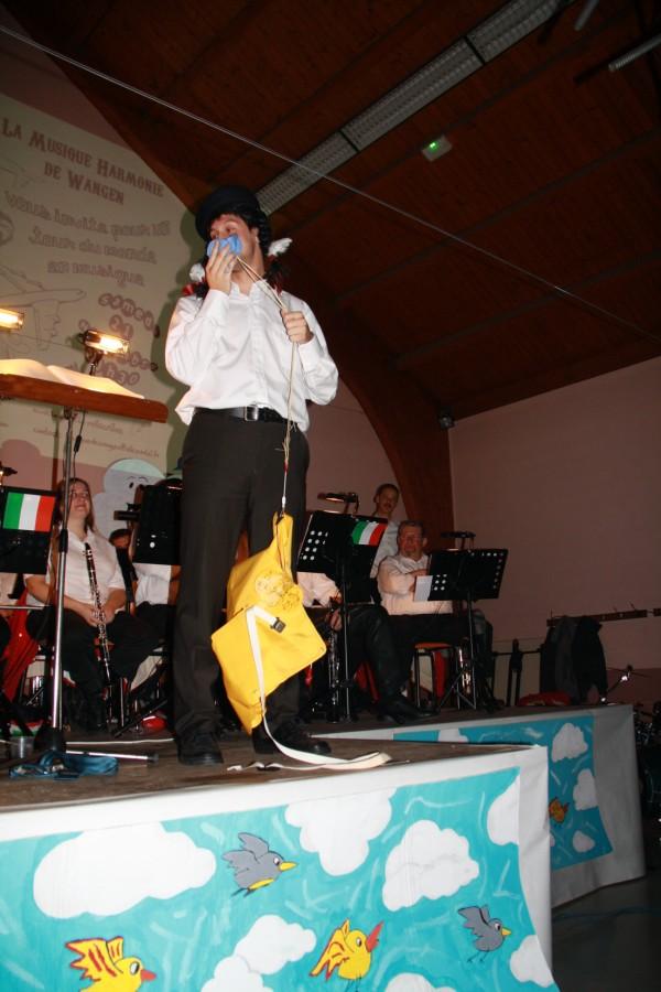 Tour du monde avec la musique Harmonie de Wangen ,21 novembre 2009 Img_6314
