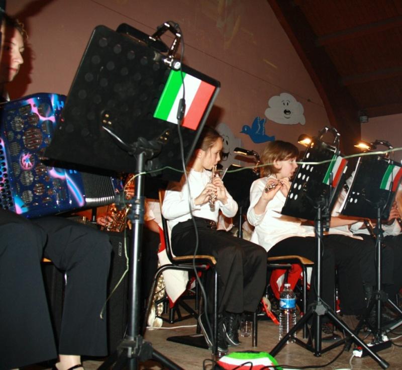 Tour du monde avec la musique Harmonie de Wangen ,21 novembre 2009 Img_6317