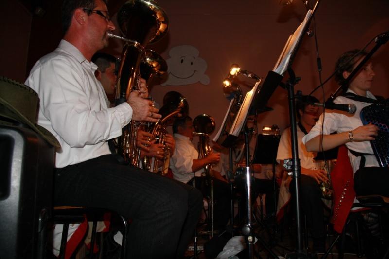Tour du monde avec la musique Harmonie de Wangen ,21 novembre 2009 Img_6319
