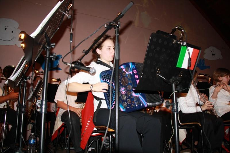 Tour du monde avec la musique Harmonie de Wangen ,21 novembre 2009 Img_6321