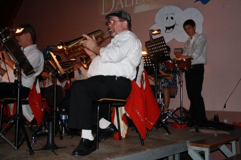 Tour du monde avec la musique Harmonie de Wangen ,21 novembre 2009 Img_6335