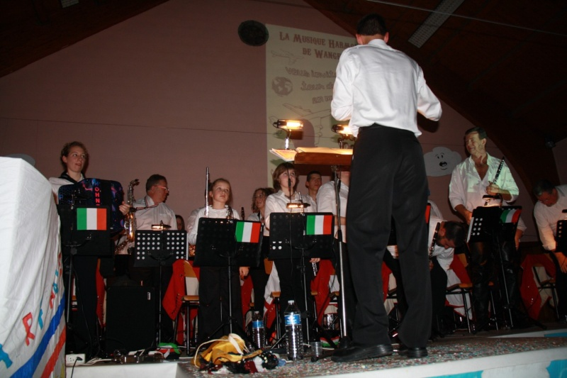Tour du monde avec la musique Harmonie de Wangen ,21 novembre 2009 Img_6337