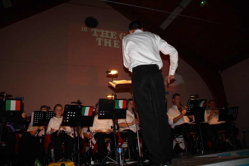 Tour du monde avec la musique Harmonie de Wangen ,21 novembre 2009 Img_6354