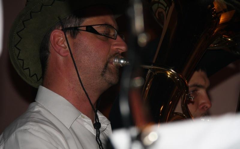 Tour du monde avec la musique Harmonie de Wangen ,21 novembre 2009 Img_6355
