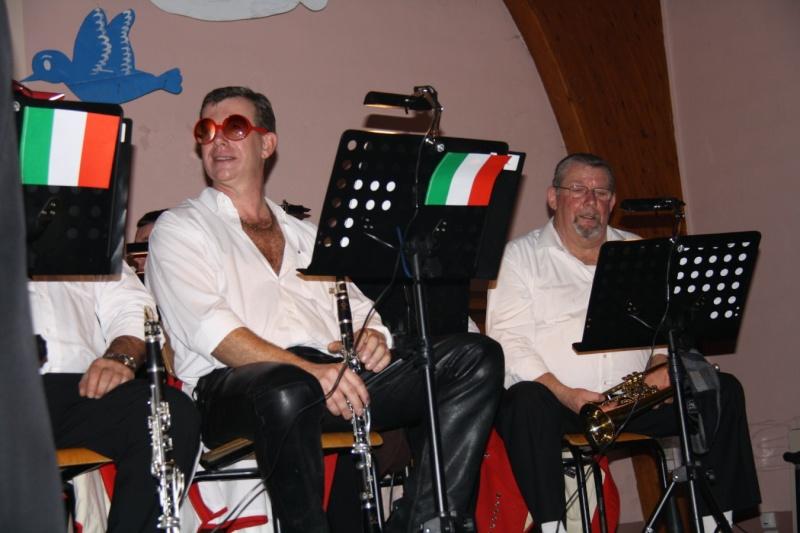 Tour du monde avec la musique Harmonie de Wangen ,21 novembre 2009 Img_6358