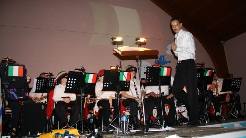 Tour du monde avec la musique Harmonie de Wangen ,21 novembre 2009 Img_6359