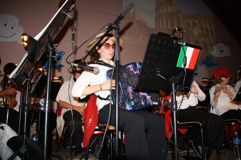 Tour du monde avec la musique Harmonie de Wangen ,21 novembre 2009 Img_6361