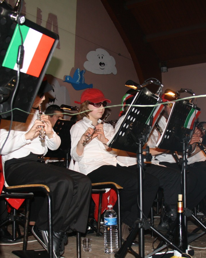 Tour du monde avec la musique Harmonie de Wangen ,21 novembre 2009 Img_6364