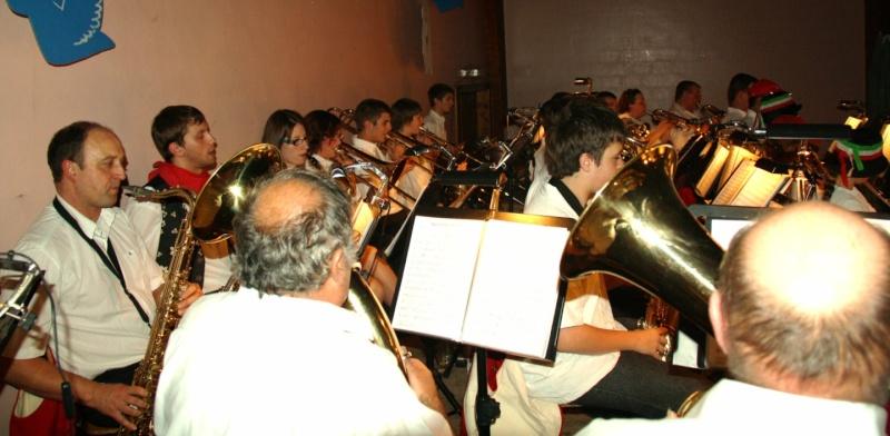 Tour du monde avec la musique Harmonie de Wangen ,21 novembre 2009 Img_6368