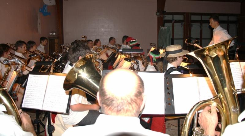 Tour du monde avec la musique Harmonie de Wangen ,21 novembre 2009 Img_6369