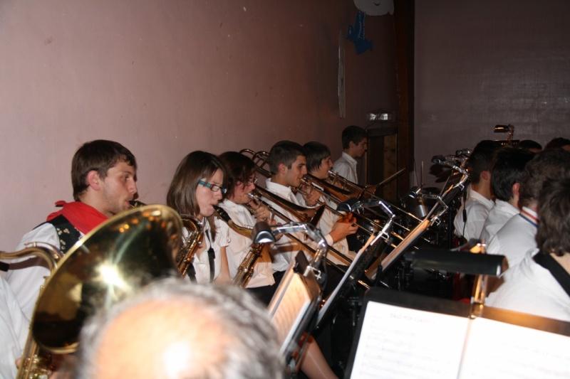 Tour du monde avec la musique Harmonie de Wangen ,21 novembre 2009 Img_6370