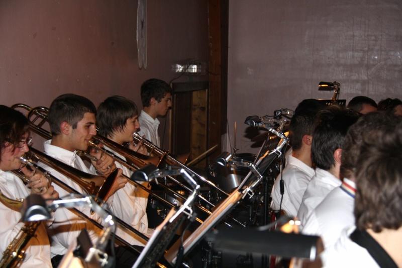 Tour du monde avec la musique Harmonie de Wangen ,21 novembre 2009 Img_6373