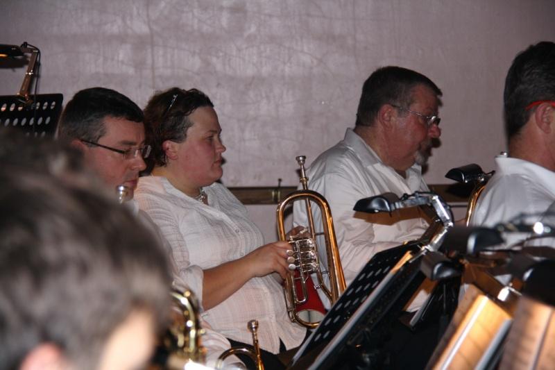 Tour du monde avec la musique Harmonie de Wangen ,21 novembre 2009 Img_6374